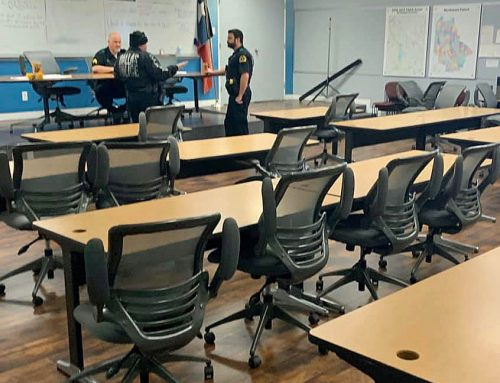 Dallas police receive new chairs after Exchange Club fundraiser