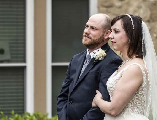 Love in the time of coronavirus: Couple weds in pastor's yard