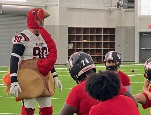 'No turkeys after Thanksgiving': Undefeated Wildcats prep for playoffs