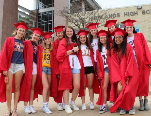 Photos: Wildcat families host graduation parade